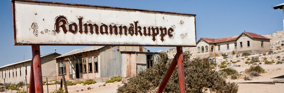 Sandy bygones of Kolmanskop
